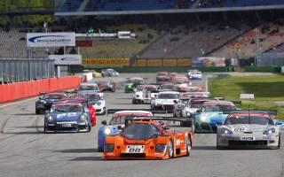 Mit über 40 Fahrzeugen startete die STT in die neue Saison