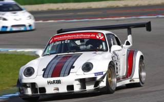 In der Klasse 1 tritt Jan van Es mit einem Porsche 993 GT2 an