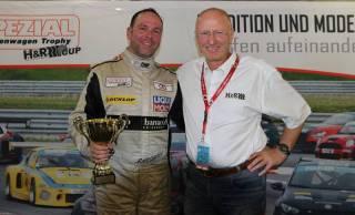 Serienorganisator Rolf Krepschik mit STT Champiom Ralf Glatzel