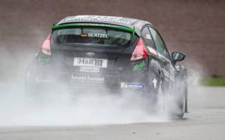 Ralf Glatzel (Ford Fiesta ST) weiterhin im Gleichschritt mit Uwe Alzen